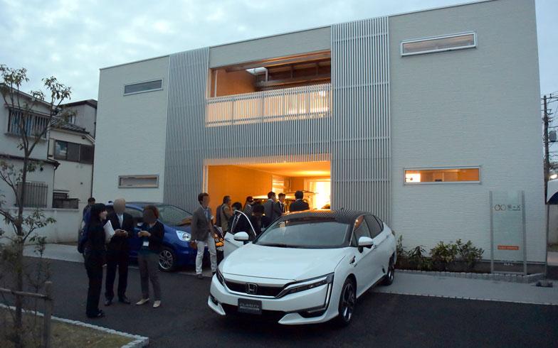 【画像1】東京都葛飾区に建てられたコンセプトホームには、開発中の7つの「X」が盛り込まれていた(写真撮影:SUUMOジャーナル編集部)