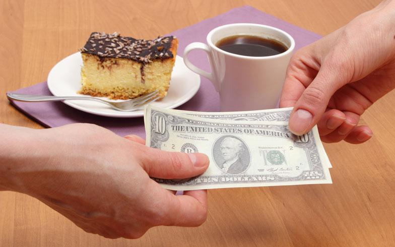 ホームパーティー平均予算は2000円台!会費の徴収はどうしてる?