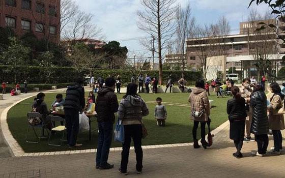 【画像2】住民が集まる場になった「ブラウシア」敷地内の庭(画像提供:ブラウシア管理組合)