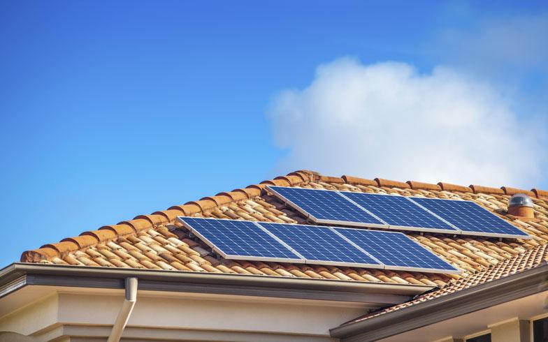 太陽光発電、冬は発電量が減る?