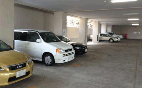 進むクルマ離れ……マンションの駐車場、空くとマズいのはなぜ?