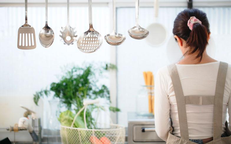共働き夫婦の約4割は専業主婦(夫)に憧れあり!その理由とは