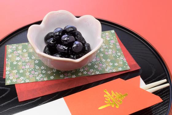 【画像3】黒豆。入れる分量にもよるが、これはアリだ。(写真: iStock / thinkstock)