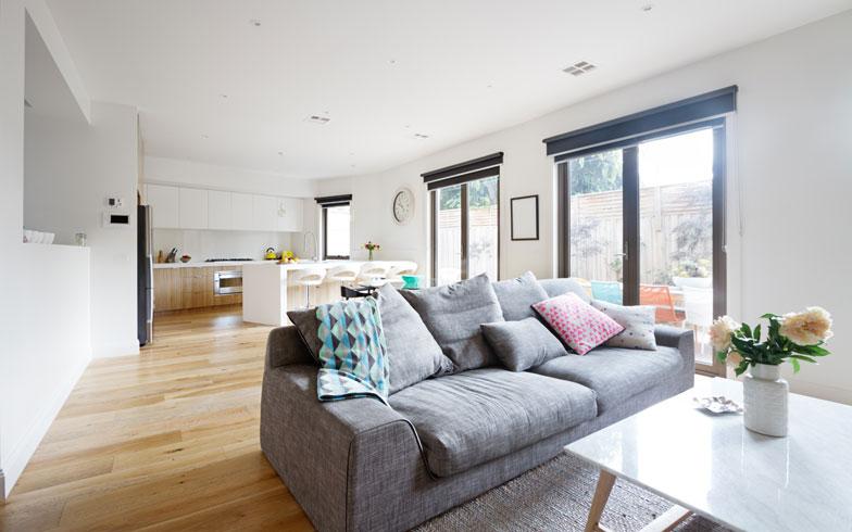 【画像1】部屋がシンプルだと、どんな家具でも空間に映える(写真: iStock/thinkStock)
