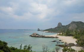 沖縄の古民家へ移住した子ども5人の大家族。その理由と暮らし