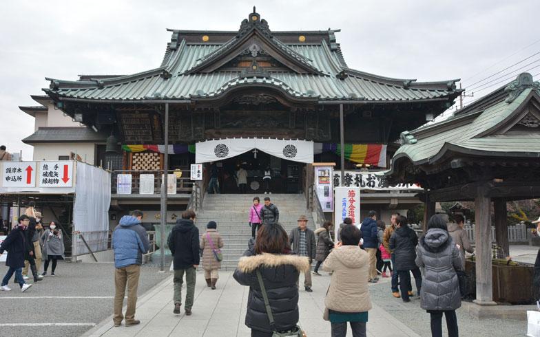 【画像3】成田山川越別院。毎月28日の蚤の市で知られる。境内の五百羅漢(ごひゃくらかん)も隠れた見どころ(写真撮影/次にくる住みたい街はここだっ!取材班)
