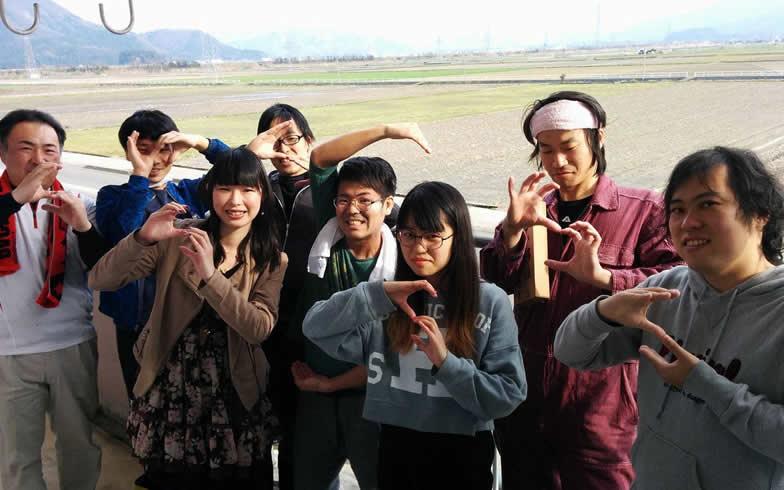 【画像3】法水さん(左)とゆるい移住メンバー、最終日の1枚(画像提供:鯖江市役所)