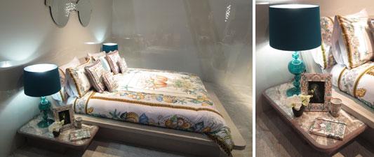 【画像3】VERSACE社でも、ベッド&サイドテーブルにエメラルドグリーン。これは綺麗だった(写真撮影/藤井繁子)
