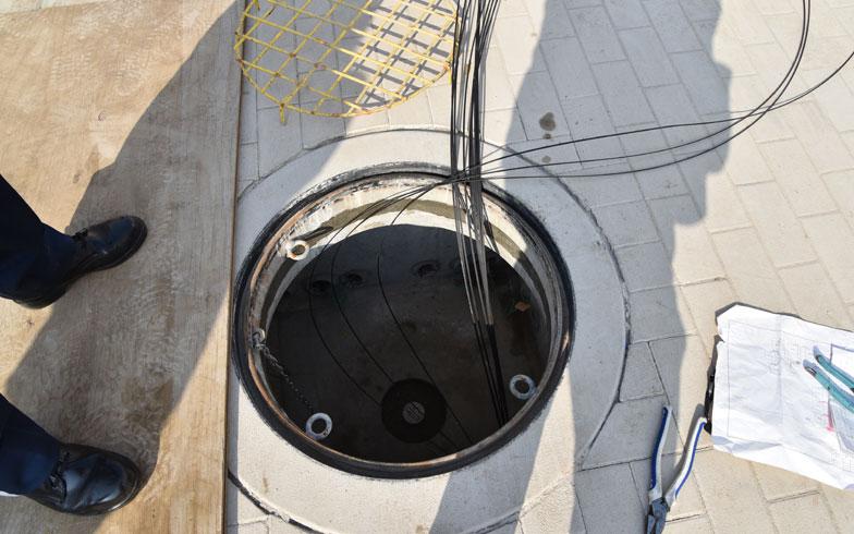 【画像4】電線・電柱は全て地中に埋め込んである(写真撮影/榎並紀行)
