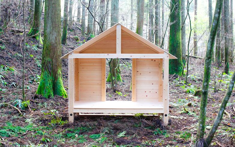 【画像10】奥多摩産ヒノキ100%の「森の中の小屋」。無垢材のいい香りがするそう(写真提供:SuMiKa)