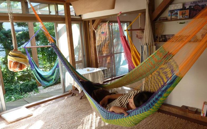 ゆらりゆらりと心地よい寝心地。憧れのハンモックを生活に取り入れよう