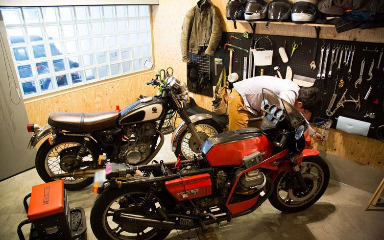 ライダーの夢! 中古リノベで叶えた「バイク専用ガレージ」(前編)