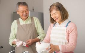 定年退職後の生活、夫婦関係は悪化?満足度は?