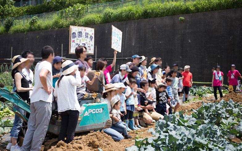 【画像3】「農園フェス」の目玉イベントの一つ、「農園探検ツアー」(写真提供/山本美賢<株式会社LockUP>)