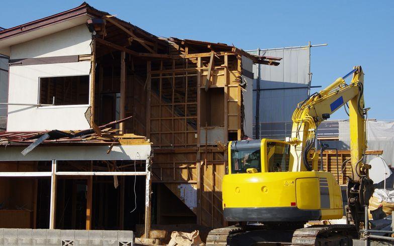 解体工事で隣人とトラブル。賠償責任は誰にある?