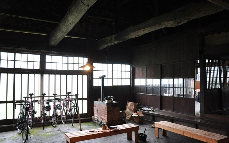 【画像5】自転車で町をめぐったり、羽釜でごはんを炊いたりと、体験プログラムを用意しているが、これからも内容も増やしていきたいという(写真撮影/嘉屋恭子)