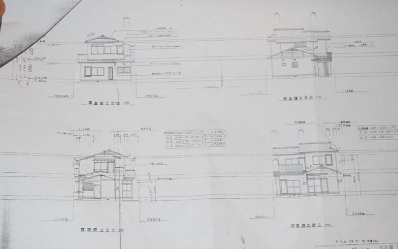 【画像1】T邸の立面図(撮影/SUUMOジャーナル編集部)