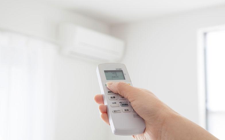 日中30分程度の外出なら、エアコンはつけっぱなしが得!?
