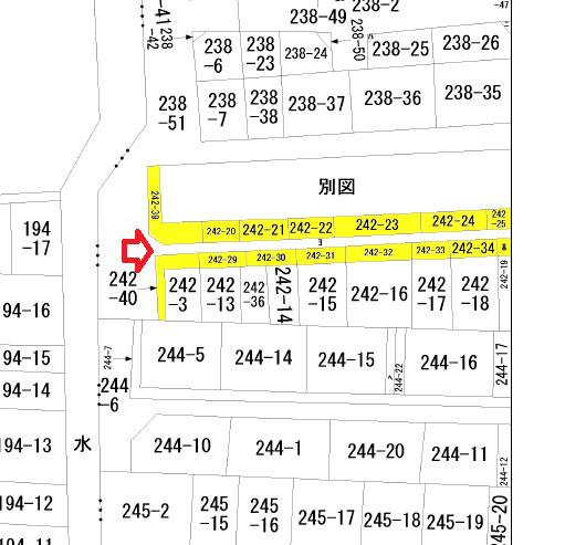 【画像2】敷地の一部を道路として提供したため、所有権が混在する私道(出典:公図参照)