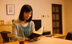 読書や睡眠、暮らしのシーンにふさわしい明かりはどれ?