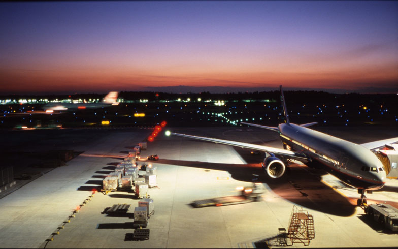 LCCが安すぎるので沖縄から東京まで飛行機通勤してみた