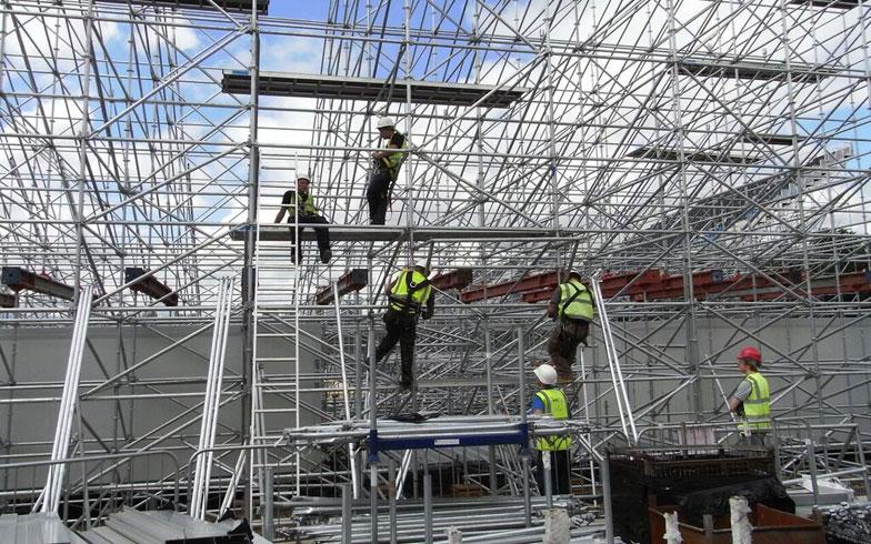 【画像4】スタンド部分は鉄パイプで組まれ、大会後に撤去された(写真撮影/山嵜一也)