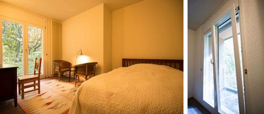 【画像11】家族や友人が来ても心地よく過ごせる個室。気密断熱性が高そうな輸入木製窓、上部開きにもなり通風する仕様(写真撮影/片山貴博)