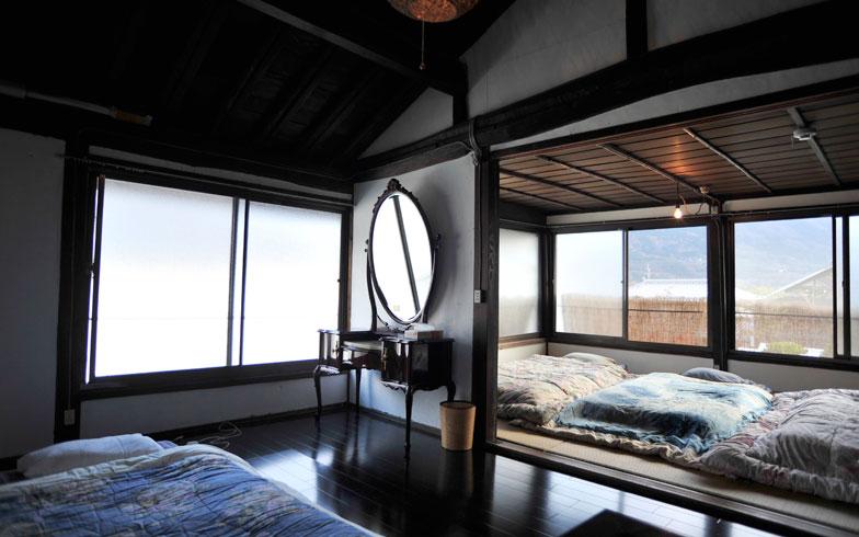 【画像7】改装後の「のどけや別館」。窓からは四国山地の山並みを望むことができる(写真撮影/藤川満)