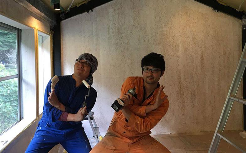 【画像9】むなかたシェアハウス&シェアラボ、ツリーハウス発起人の谷口竜平さん(右)と空間デザイナーの乙倉慎司さん(左)(写真撮影/谷口竜平)