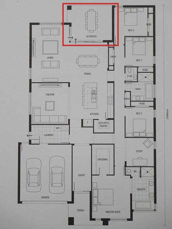 【画像8】裏庭(上)に面して、AL FRESCOはリビングルームやダイニングと一体化した半戸外の空間(写真撮影/藤井繁子)
