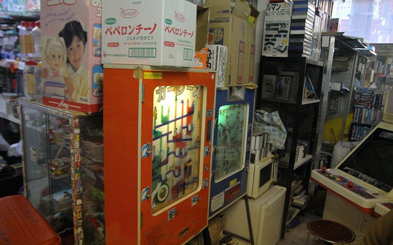 【画像11】かつて、櫻井少年も遊んだゲーム機コーナー(写真撮影/小野洋平)