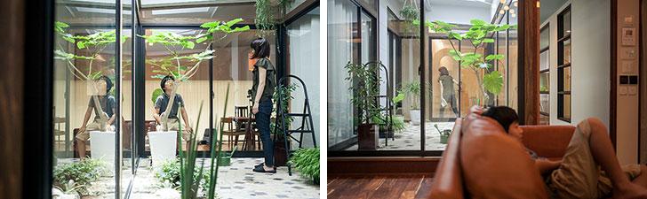 【画像3】玄関はもちろん、リビングや各居室もこのインナーリビングに面していることで商店街の2階であることを忘れさせるような明るい空間に(写真撮影/camekiti)