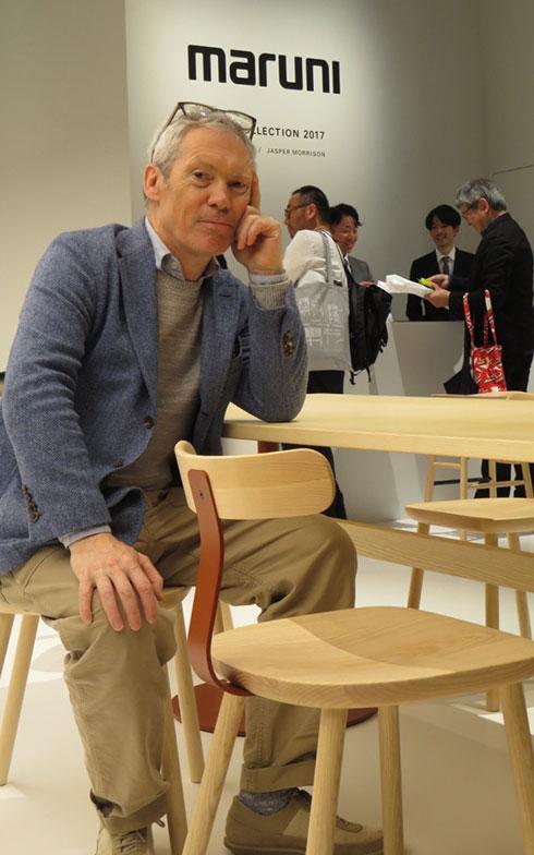 【画像18】「T&O」チェア&テーブルにて、Jasper Morrison@maruni(写真撮影/藤井繁子)