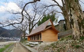 目の前には吉野川、Airbnbに登録された「吉野杉の家」がつなぐ、世界とローカル・コミュニティ