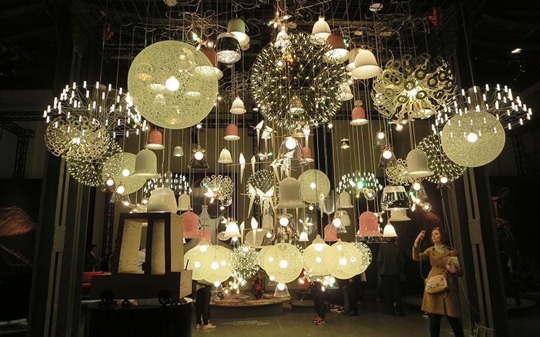 【画像17】照明が得意なmoooi、その161作品を一堂にデコレーション(写真撮影/藤井繁子)