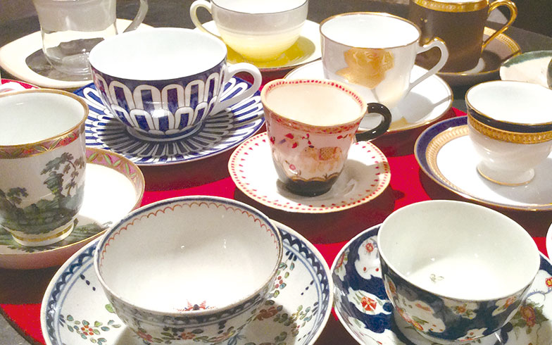 【画像4】眺めるだけでほっとするというコーヒーカップのコレクション(写真撮影/有森裕子さん)