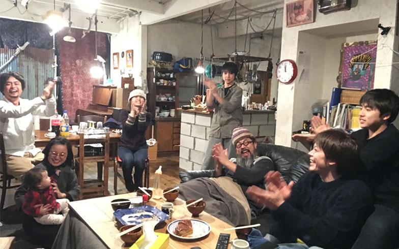 【画像15】2017元日、日野の家にて年越し(画像提供/HandiHouse project)