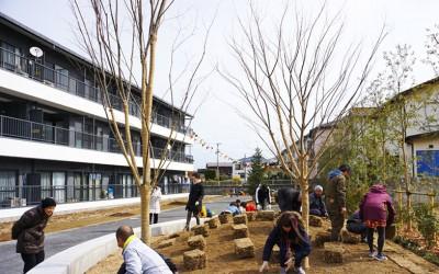 「地域の価値を上げることが建物の価値向上に」賃貸マンションリノベで駐車場を公園にしたワケ
