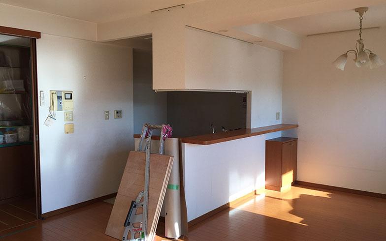 【画像1】リノベーション前のキッチン(写真撮影/HandiHouse project)