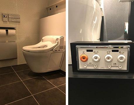 【画像5】写真左:パブリック向けの温水洗浄便座では擬音装置が内蔵された製品も多い。便座に座ると擬音装置が自動スタートする設定があるものも。写真右:多目的トイレに設置されている温水洗浄便座の操作リモコンは、ボタンが大きく押しやすい設計(画像提供/TOTO)