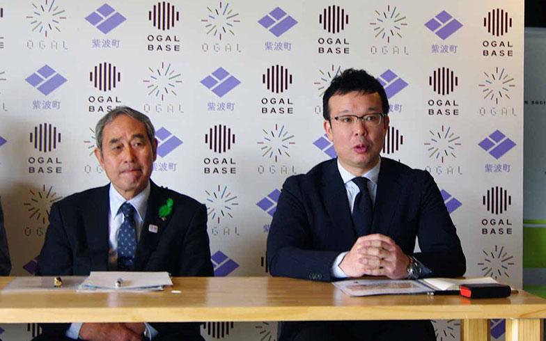 【画像5】オガールEXPOに先立ち、記者会見を行う熊谷泉・紫波町長(左)、と岡崎正信・オガールプラザ代表(右)(写真撮影/村島正彦)