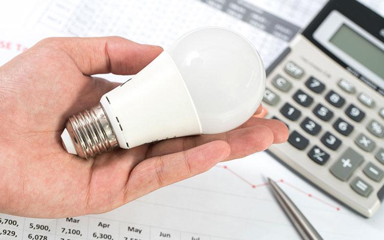 LEDってなんでこんなに普及してる? 白熱灯と比べてどんなところがいいの?