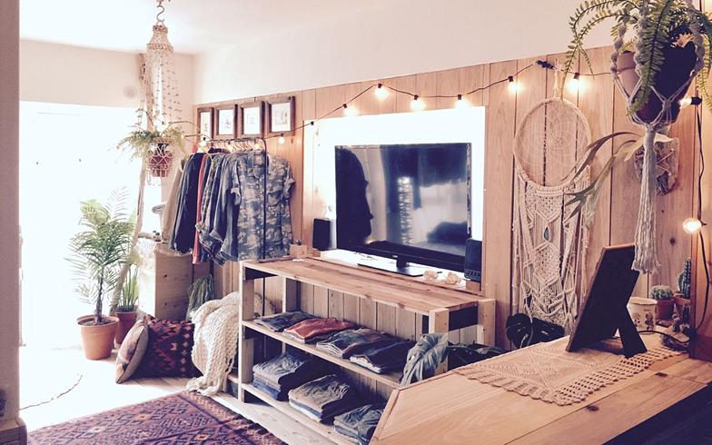 【画像12】インテリアの参考にチェックしているショップは、主に海外のUrban Outfitters、H&M HOMEなどだとか(写真提供/____oki____さん)