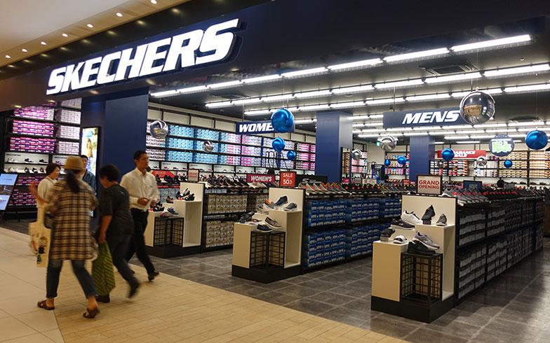 【画像11】「スケッチャーズ」は直営店ならではの品ぞろえが圧巻です(写真撮影/金井直子)