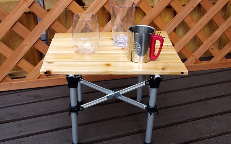 【画像2】あるとうれしい小型テーブル。ナチュラルウッドミニテーブル(5,480円+税)(写真撮影/玉置豊)