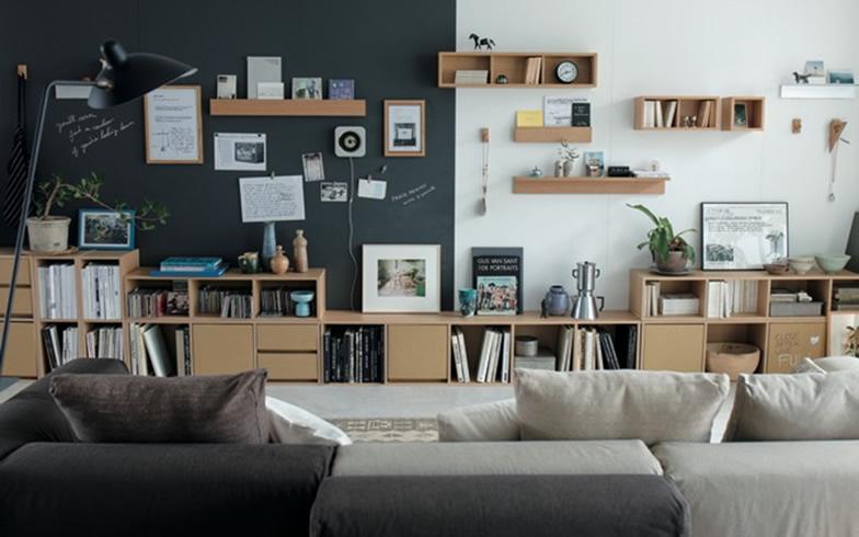 【画像4】持ち家はもちろん、賃貸でも設置できる「壁に付けられる家具」。使い勝手もよく、さまざまなかたちで愛用している人も多い(画像提供/無印良品ネットストア)