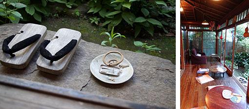 【画像2】写真左/庭で焚かれている渦巻き型の蚊取り線香。天然の除虫菊をつかった蚊取り線香は茶色なのです。写真右/緑に囲まれた広縁は特等席。和みます(写真撮影/SUUMOジャーナル編集部、金井直子)