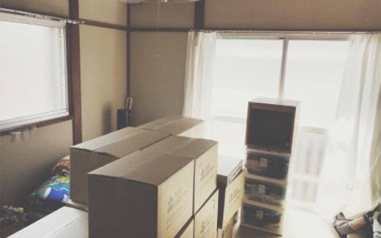 【画像2】引越し当日に運び入れられた荷物。ここから引越し作業スタートです(画像提供/宇佐美ゆき)