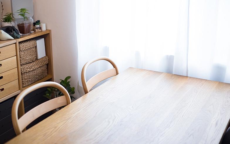 【画像2】念願の明るい窓辺のダイニング(写真撮影/片山貴博)