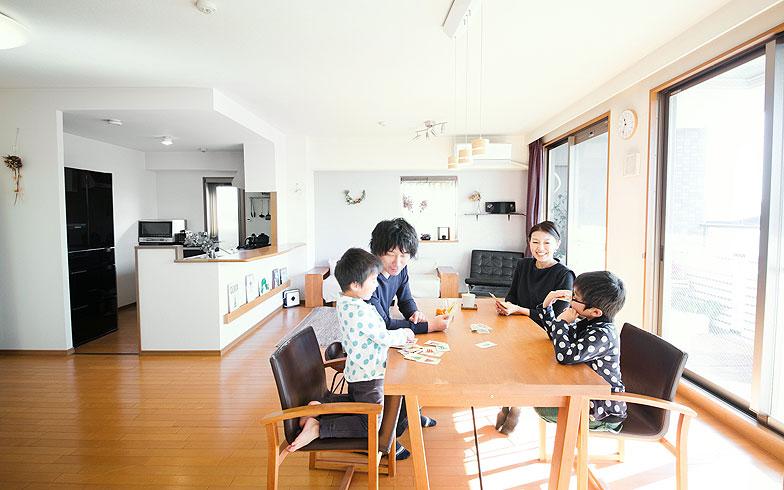 【画像4】テレビがないからこそ家族同士が向かい合える(写真提供/香村薫)